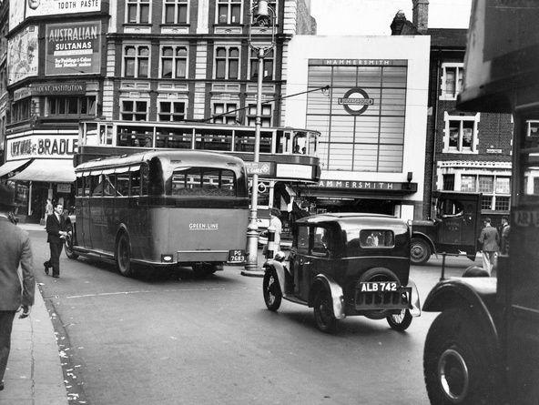 heavy traffic at Hammersmith 1934