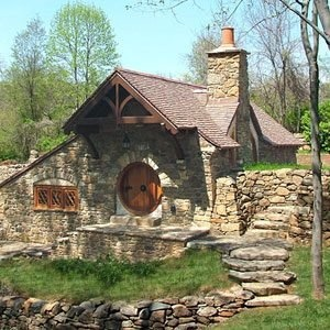 When fantasy comes to life.: Favorite Places, Tiny Houses, Cottage, The Hobbit, Dream House, Hobbit Home, Hobbit Houses, Homes