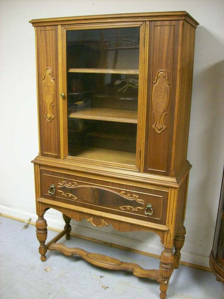 17 best ideas about antique china cabinets on pinterest. Black Bedroom Furniture Sets. Home Design Ideas