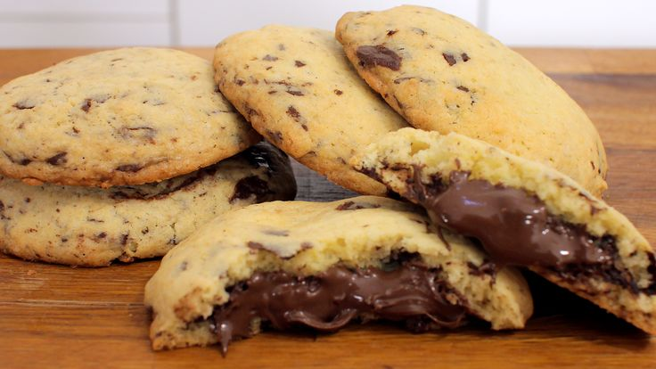 nutella chocolate chip cookies rezept als back video zum selber machen ganz einfach schritt f r. Black Bedroom Furniture Sets. Home Design Ideas