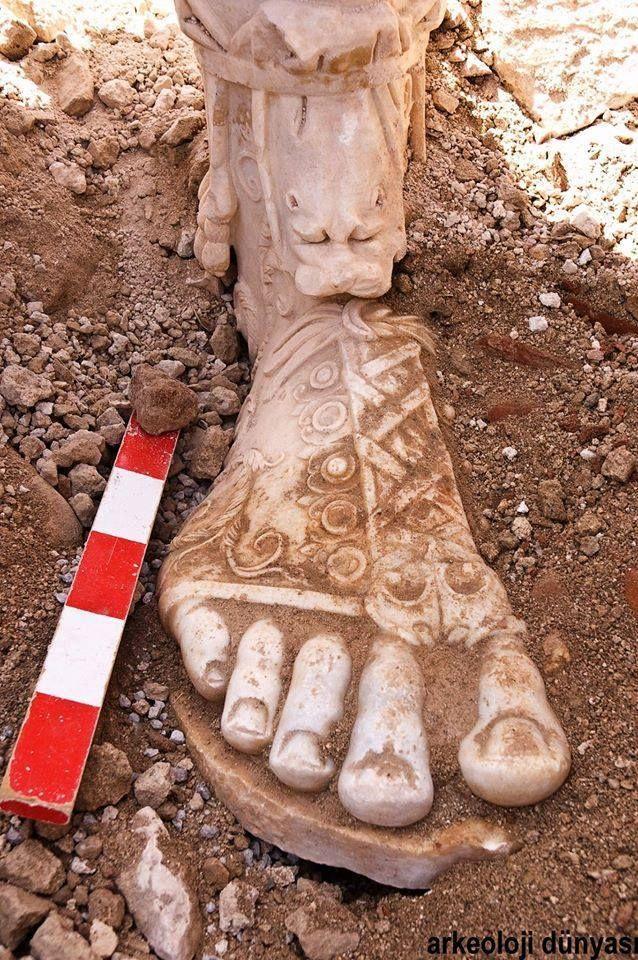 Marcus Aurelius'un ayağı Sagalassos'ta kazılarda bulundu — Burdur, Ağlasun