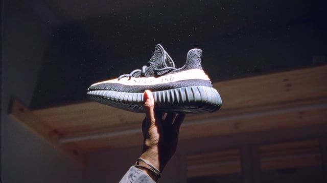 "Yeezys sell out nearly instantly due to backdoor-ing, bots and resellers. Sneaker resellers are somewhat of a pariah of the culture; their occupation is taboo and they largely fly under the radar. Yuanrun Zheng, better known in his circles as ""23Penny"" or ""Z,"" is the Sneaker Broker. He has a personal sneaker collection of over 500 pairs, but, for him, sneakers are just business. Z takes us on an unprecedented look into the world of resellers.  (shot in part on Kodak 16mm film**)  Director..."