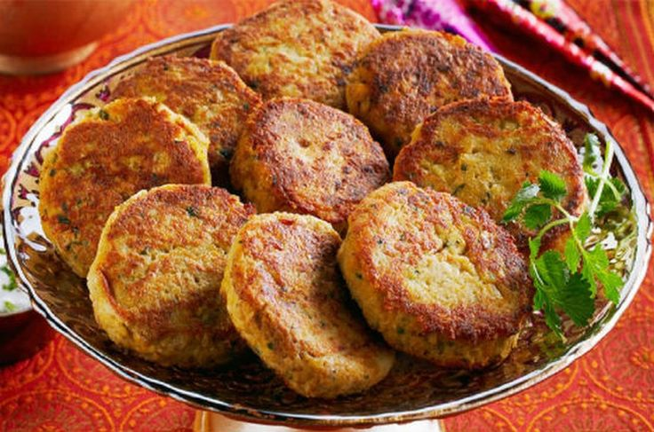 Shami Kebab A popular Awadhi appetizer/starter dish. See the recipe at http://www.awesomecuisine.com/recipes/2529/shami-kebab.html #AwadhiCuisine #Mughl... - Awesome Cuisine - Google+