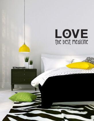 ¿A quién no le gusta un buen achuchón? Dar y recibir amor reconforta y da energía. Éste vinilo lo tienes en varios colores. http://www.tacaloca.com/#!product/prd14/3790731951/ref.-403.-varios-colores