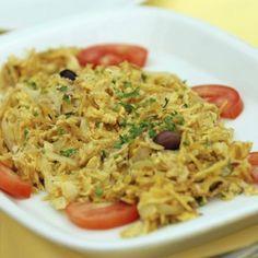 Bacalao, patatas, cebolla y huevo... Todos estos ingredientes dan como resultado este espectacular bacalao dorado o douro. ¡Tienes que probarlo! #bacalao #recetas  http://www.guiainfantil.com/recetas/pescados/bacalao/bacalao-dorado-recetas-de-pescado-para-ninos/