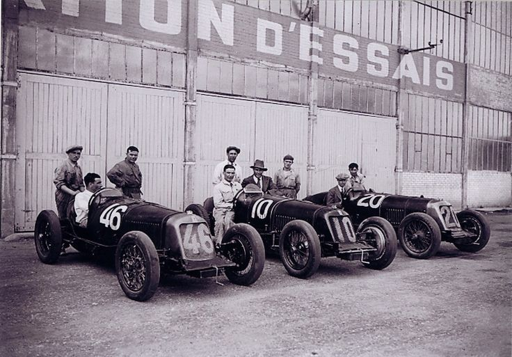 Scuderia Maserati, autodrome de Montlhéry 1931.