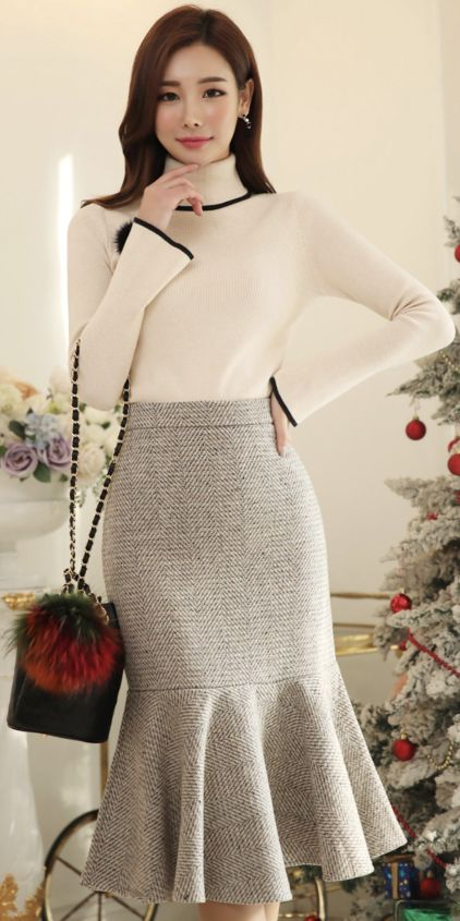 Mermaid Hem Long Skirt #flounced #skirt #wintertrend
