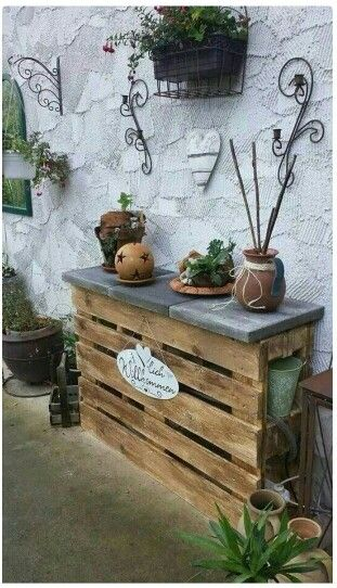 2 pallet rustic shelf