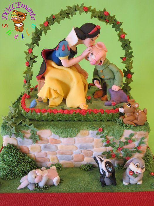 The kiss of Snow White Cake