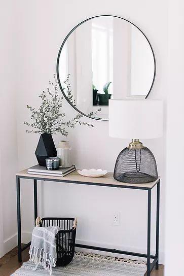 Eingang Ideen: Entwirren Sie Ihre Front Entry. #minimalistenweg #declutter #mini