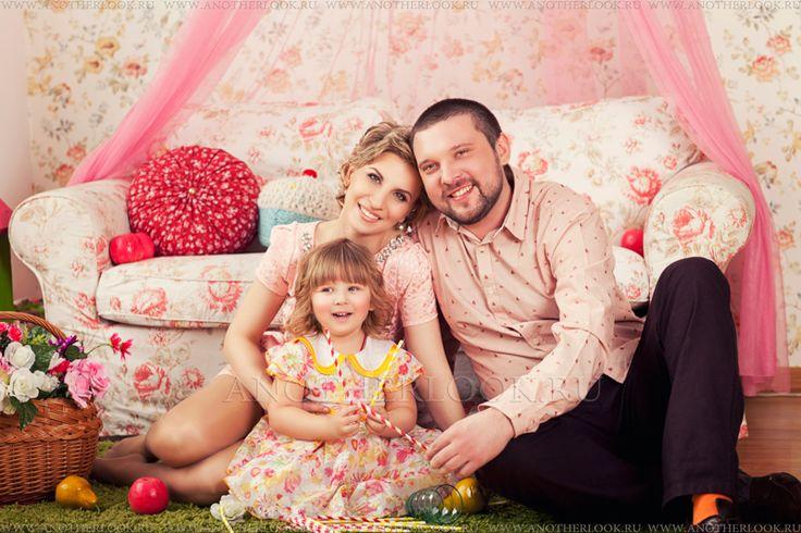 семейная фотосессия студия и дочка - Поиск в Google