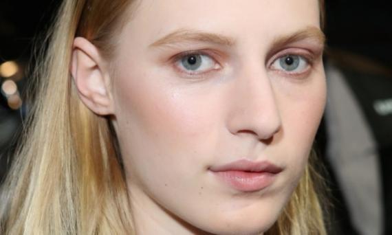5-tendencias-de-maquiagem-para-apostar-no-verao-2013-que-marcaram-presenca-no-nyfw-8135-3.jpg 570×342 pixels