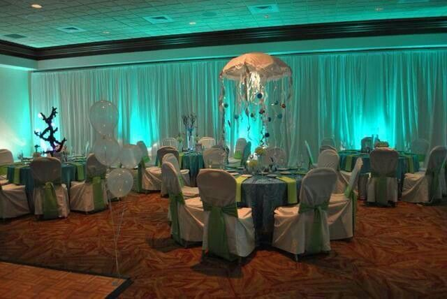 Underwater theme decor ideas for alexandra 39 s quince for Alexandra decoration