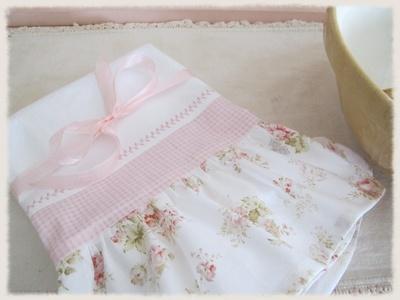 DIY:: Tea Towel great idea pre pressing mitered corner