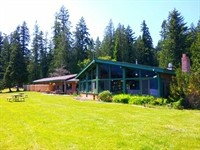 Log Cabin Resort offers a variety of accommodations including Lakeside Chalets, Comfortable Lodge Rooms, Camper Cabins, Rustic Cabins, Camping Log Cabins, as well as Full hook-up RV sites.