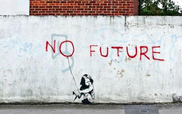 EL GOBIERNO PUNK. Las características principales del movimiento musical (y, más adelante, estético) se cumplen punto por punto en la manera de gobernar de nuestros dirigentes actuales (aunque mucho me temo que no es exclusiva de estos). ¿Todas? En realidad no; hay una que falla. (No future. Graffiti de Banksy).