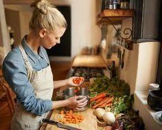いちいちレシピを見なくてOK!一生使える「料理の黄金比」味付け10選♡ - LOCARI(ロカリ)