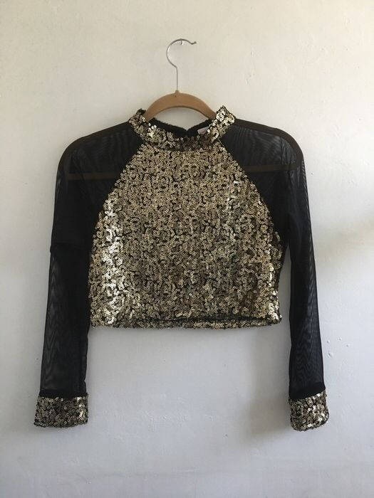 My Gold Sequin Crop Top by ! Size 8 / M for $$8.00. Check it out: http://www.vinted.com/womens-clothing/crop-tops/21260253-gold-sequin-crop-top.