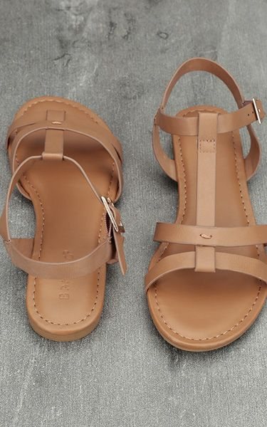 Nia Tan Flat Sandals via @bestchicfashion