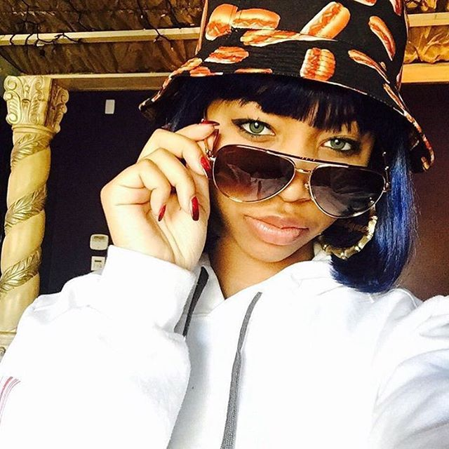 majorgirl snapchat Tameka tiny harris (born tameka cottle july 14, 1975) is an american singer-songwriter from jonesboro, georgiacottle is best known as a member of the american multi-platinum r&b vocal group xscape, and for her marriage to rapper ti.