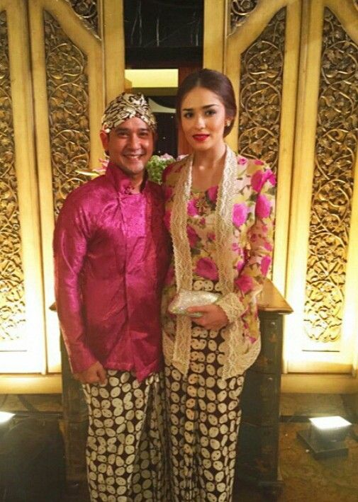 Jasmine wildblood kebaya