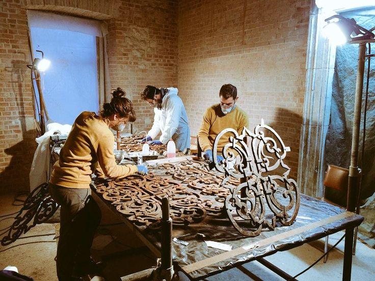 Restauro ringhiere in ferro.  Palazzo Ardinghelli L'Aquila
