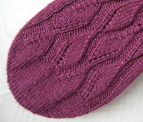 Free - Toe-up Rounded Toe Chart (& written instructions) pattern by Tanja Murray