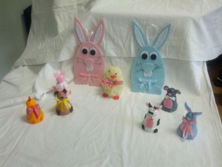 Coniglietti in feltro e animaletti con i vasetti