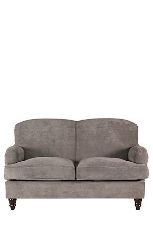 Our Lexington couch provides a timeless, classical look to your living room. Complemented with turned leg detail, this two and a half seater is the perfect solution to your living room.Dimensions:L160xW102xH98 cm