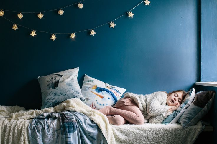 Comfy #Christmas cushions and throws - that's what sweet dreams are made of!