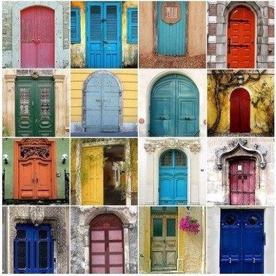 I want a colored door