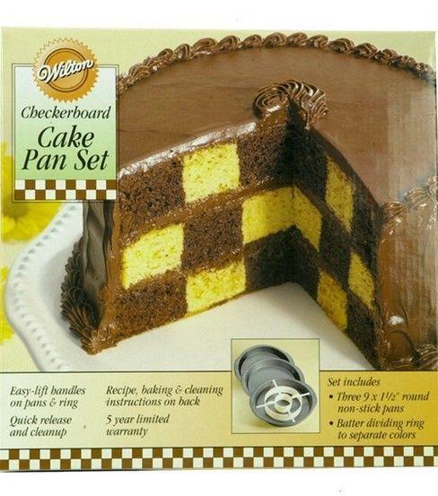 Wilton Checkerboard Cake Set I want to make this sooo bad!! Neat kit!