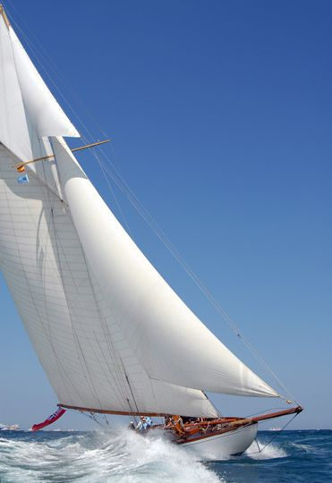 """yachts-class-luxury: """" [x] The classic 15 Meter yacht, Lady Anne, beating to windward across Valencia Bay """""""