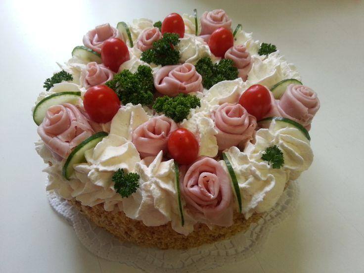 20131102_105858.jpg (3264×2448) Smetanový křenový dort
