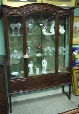 Lot 86 - Quality Late Victorian Mahogany Dome Display Cabinet - On Behalf of Christ Church Cathedral Dublin and Other Important Clients (16 Sep 2013) - Live Auction - Reilly's Antiques - the-sale...