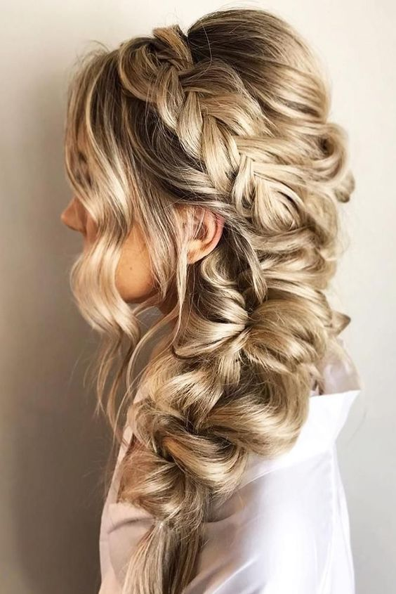 46 Unforgettable Wedding Hairstyles For Long Hair 2019 Elegant To The Side Hairstyle With Braided Hairstyles For Wedding Wedding Hair Side Thick Hair Styles