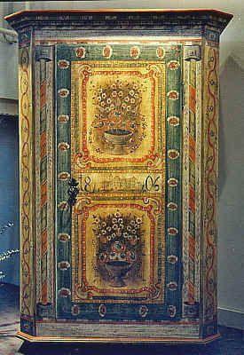 Bauernmalerei Cabinet