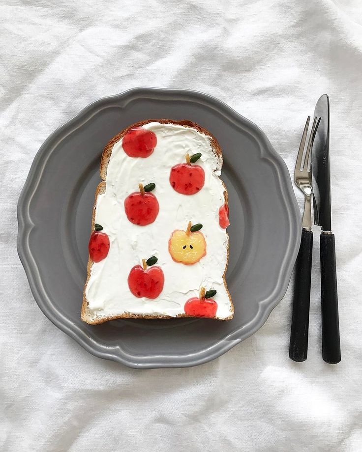 Apple toast by Eiko Mori (@estyle1010)