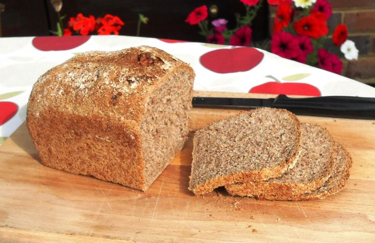 Walnutty Wholemeal bread