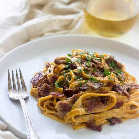 Spaghetti Carbonara Recipe with Sweet Potato Noodles {GF, Low Fat + Super Simple} via @FoodFaithFit