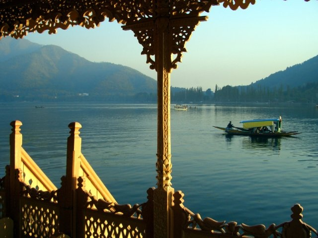 Houseboats in Kashmir - the height of romance... Where better to hide away then in a floating palace the idyllic Lake Dal