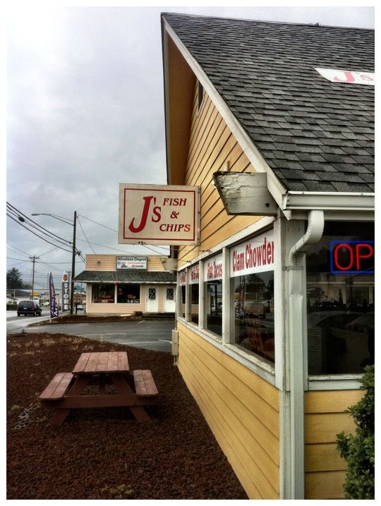 J 39 s fish and chips in lincoln city oregon far and away for Lincoln city fishing charters