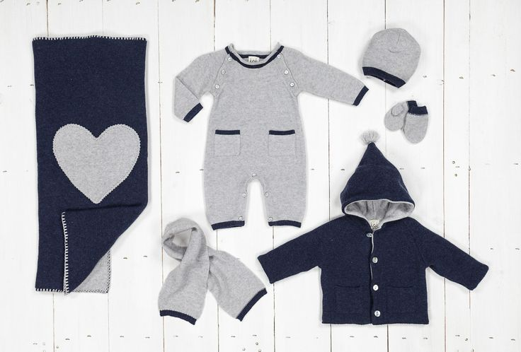 Wool blanket, wool and cashmere baby clothes for newborns combined with hats and…