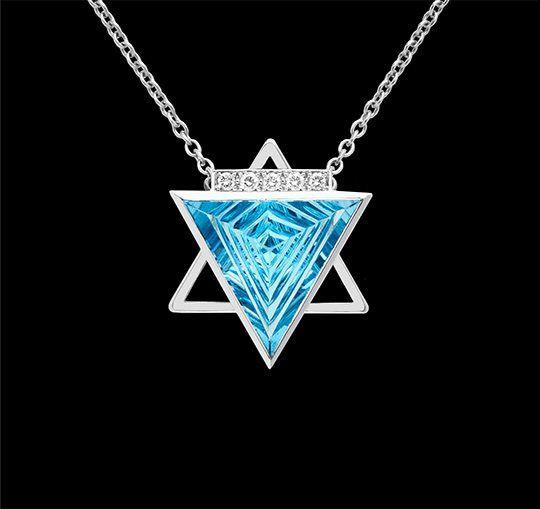 Amistad | Colgante con topacio azul, diamantes y oro blanco 18 k - Pendant with blue topaz, diamonds and 18k white gold #highjewelry #ArtInJewelry #jeweloftheday #geometricjewelry #jewelgram