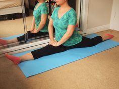 Pour faire le grand écart, il faut des hanches souples. il faudra donc s'entraîner régulièrement et intensément