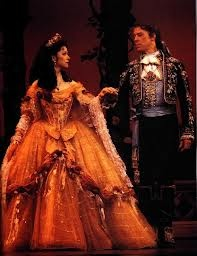 """Broadway """"Beauty and the Beast"""" - Finale / Curtain call, Original Belle and Beast, Susan Egan and Terrance Mann"""