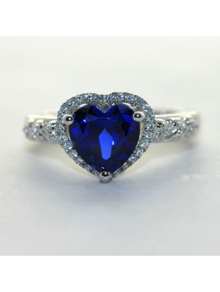 Shining S925 Heart Ring With Sapphire