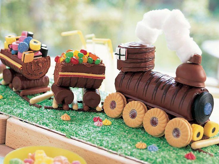 Train birthday party cake