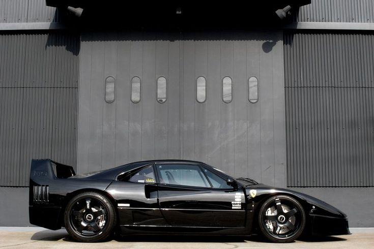 Ferrari F40 modified.