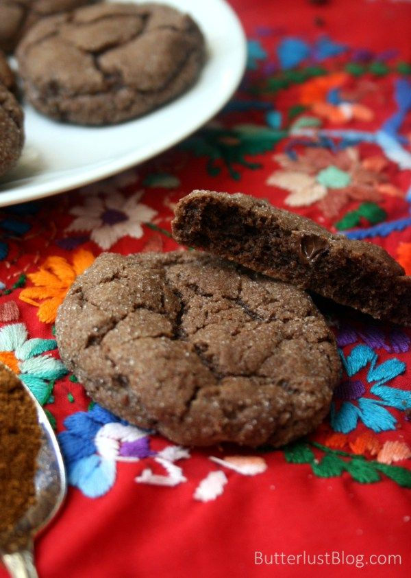 Mexican Hot Chocolate Cookies | ButterlustBlog.com